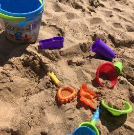 Beach bucket idea